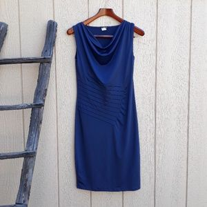 Venus sleeveless scoop neck dress. Size S.